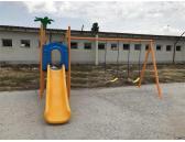 детско съоръжение с пързалка и люлки 170525Е